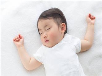 Lý do các chuyên gia Nhi khoa hàng đầu thế giới luôn khuyên cha mẹ nên đặt trẻ sơ sinh nằm ngửa khi ngủ