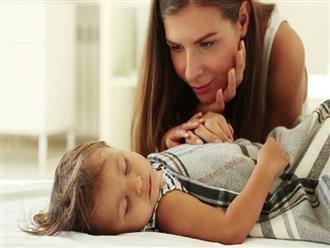 """Những cách đánh thức trẻ không gây sát thương mà bà mẹ nào cũng nên biết để thôi """"đánh vật"""" mỗi buổi sáng"""