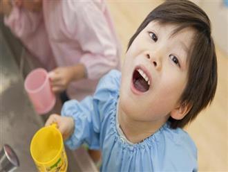 Sốt phát ban ở trẻ: Cách chăm sóc tại nhà và dấu hiệu nguy hiểm