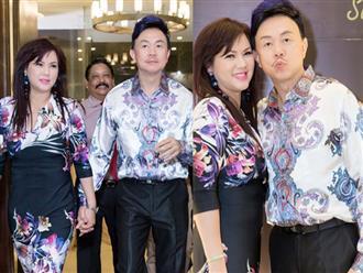 30 năm sống chung nhưng không có con, Chí Tài và vợ vẫn nhí nhảnh diện đồ cặp và chụp ảnh 'xì-tin' hết nấc