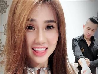 Chị gái Ngọc Trinh tiết lộ cuộc sống hôn nhân bên chồng trẻ sau gần hai tháng đám cưới