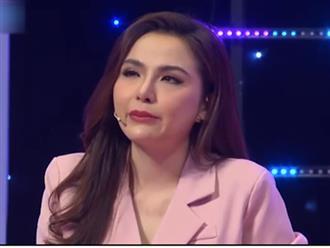 Sau 4 năm bị từ mặt, Hoa hậu Diễm Hương bật khóc xin lỗi mẹ trên sóng truyền hình