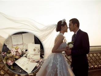 """Hé lộ thiệp mời đám cưới của """"Nữ hoàng sắc đẹp"""" Ngọc Duyên và chồng tỷ phú hơn 18 tuổi"""