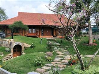 Cận cảnh biệt thự nhà vườn đẹp như mơ giữa lòng Hà Nội của vợ chồng Xuân Bắc
