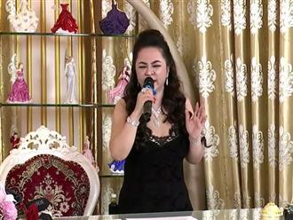 Hàng ngàn người bỏ cơm, bỏ 'Thời sự' nghe bà Nguyễn Phương Hằng hát karaoke