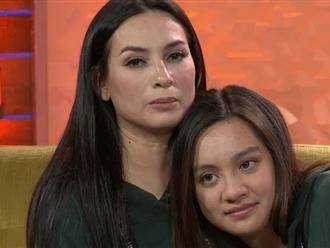 Con gái ruột 'nước mắt lưng tròng' nhắn nhủ Phi Nhung: 'Con sẽ tiếp tục cố gắng lo cho 2 đứa bé và những người em ở Việt Nam'