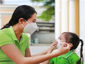 Khi ra ngoài, người trẻ cần phải làm gì để không mang virus SARS-CoV-2 về nhà?