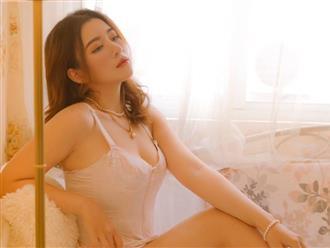 Hotgirl công sở Nguyễn Thanh Hải: Mặt xinh như búp bê, vòng 1 'trĩu nặng' nóng bỏng hơn cả mùa hè