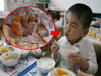 Bố mẹ bồi bổ toàn 'sơn hào hải vị', nhưng con 6 tuổi vẫn thấp bé như mới lên 4 vì đã mắc phải sai lầm này