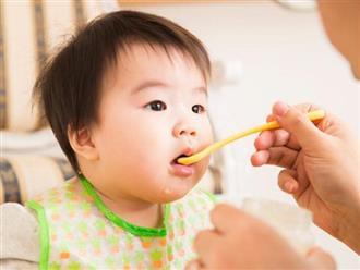 Những lưu ý mà mẹ nên biết khi cho con ăn bột mặn