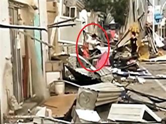 Cảnh tượng kinh hoàng khiến nhiều người SỬNG SỐT khi hàng loạt nhà cửa bị TỐC MÁI vì gió lớn