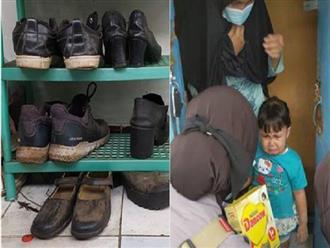Gặp nạn đúng mùa dịch, ông bố trẻ nghẹn ngào xin đổi giày để lấy sữa cho con gái 1 tuổi đang đói và cái kết ấm lòng