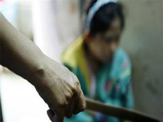 Án mạng ở Hà Tĩnh: Vợ đang dọn cơm bỗng bị chồng chém tới tấp, con gái hốt hoảng vào cứu mẹ cũng nhận bi kịch