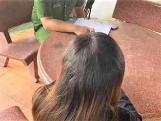 Nhận gạo mùa dịch, gái trẻ vô ơn đăng đàn chê bai, đòi vứt cho gà hàng xóm ăn: 'Cứu trợ cho gà nhà người ta'