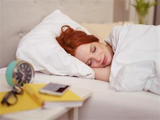 4 thói quen giúp giảm cân trong lúc ngủ