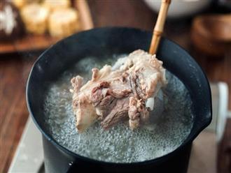"""5 loại thực phẩm nếu """"quên"""" chần trước khi nấu thì chẳng khác nào nuốt chất độc vào người"""