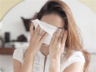 6 tác hại khi dùng khăn ướt tẩy trang với da mặt