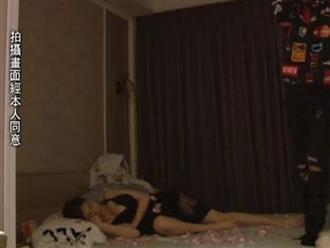Bị quay lén lúc nửa đêm, hot girl xinh đẹp lộ ảnh 'giường chiếu' khiến CĐM sửng sốt