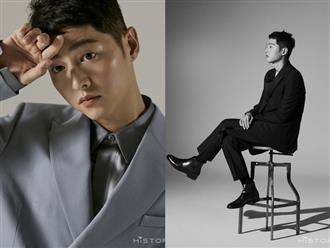 """Bộ ảnh solo đầu tiên của Song Joong Ki hậu ly hôn với Song Hye Kyo: Soái khí ngút ngàn khiến chị em nguyện """"xin hàng"""""""