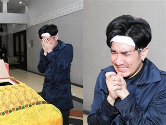 Ca sĩ Quang Hà khóc nghẹn trong tang lễ anh trai, nhiều sao Việt đến chia buồn