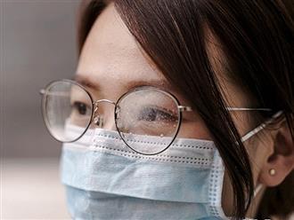 Cách đeo khẩu trang y tế không bị mờ kính khi đi đường