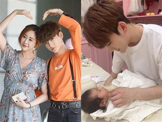 Cặp vợ 42 chồng 24 Hoa - Hàn lần đầu khoe ảnh con gái đầu lòng, dân tình xôn xao vì bé còn nhỏ đã mang nét nổi trội