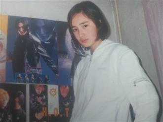 Chỉ một bức ảnh, fan nhanh chóng nhận ra Dương Mịch từ bé cũng là fan cuồng K-Pop