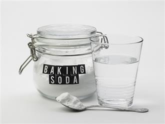 Cho 1 thìa baking soda vào nước uống mỗi ngày, tế bào ung thư vừa hình thành đã bị tiêu hủy