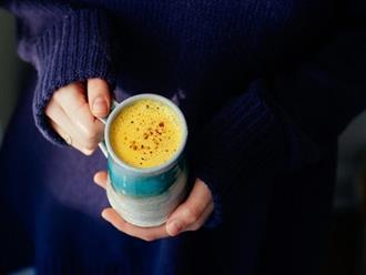 Cho 1 thìa bột nghệ vào ly sữa uống mỗi sáng, cơ thể khỏe mạnh, da đẹp dáng thon bất ngờ