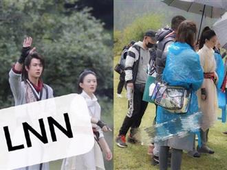 Chưa qua chỉnh sửa, loạt ảnh hậu trường của Triệu Lệ Dĩnh trong phim mới khiến netizen hốt hoảng vì quá kém sắc