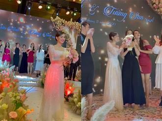 Dở khóc dở cười: Tiểu Vy bắt được hoa cưới từ Tường San nhưng vì sao vội vã dúi ngay vào tay Đỗ Mỹ Linh?
