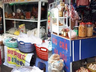 Giò chả ''du kích'' ướp hóa chất trà trộn vào chợ Tết