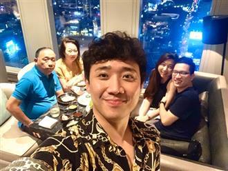 Hari Won lần đầu vắng mặt trong tiệc sinh nhật mẹ chồng, Trấn Thành vội lên tiếng giải thích