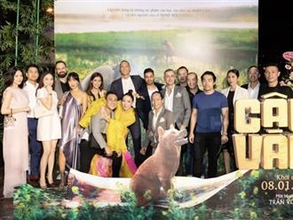 Hội con cái nhà tỷ phú Johnathan Hạnh Nguyễn dự sự kiện: Philip - Linh Rin quấn quýt, Hà Tăng đứng yên cũng đủ chiếm spotlight