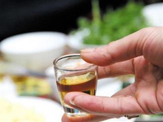 Kiểu ăn uống nhiều người mắc dịp Tết khiến người đàn ông suýt thiệt mạng khi ngủ