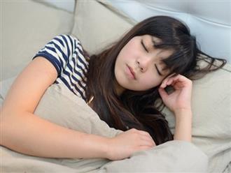 Mất ngủ thường xuyên vì tình trạng tiểu đêm, tuyệt đối đừng chủ quan bỏ qua những nguyên nhân này