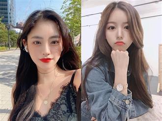 """Để tóc bồng bềnh mà không """"bù rù"""", gái Hàn có 1 tuyệt chiêu độc với chun buộc"""