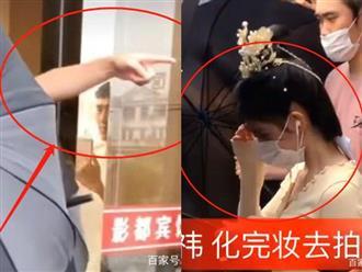 'Mỹ nhân 4000 năm' Cúc Tịnh Y tiếp tục dính phốt thái độ, vô duyên vô cớ bắt netizen xóa ảnh vì tưởng chụp trộm