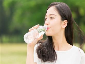 Ngăn ngừa những vấn đề về da nhờ thay đổi các thói quen ăn uống sau