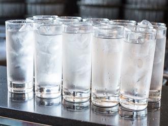 Ngộ độc nước - Nghe kì lạ nhưng đã từng gây tử vong, nhiều người có nguy cơ gặp phải mà không biết