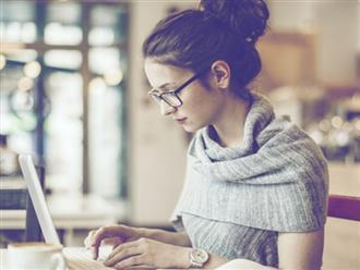 Phải làm việc với máy tính thường xuyên thì đây là những cách giúp bạn khắc phục tình trạng nhức mỏi mắt