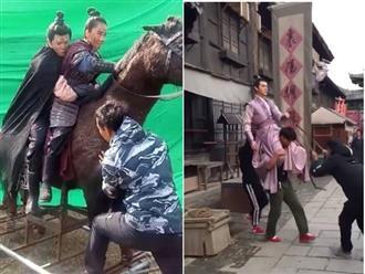 Ngã ngửa khi xem hậu trường cưỡi ngựa của phim Hoa ngữ: Xem xong mới biết mình bị lừa đau đớn thế nào!