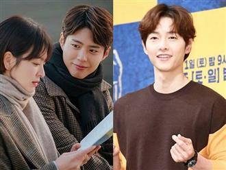 Sau 1 ngày Song Hye Kyo đăng status liên quan đến tình tin đồn, Song Joong Ki gây bất ngờ với hành động này