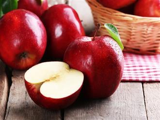 Sự thật ăn táo buổi tối tương đương việc hấp thụ chất độc, muốn an toàn nên ăn lúc nào?