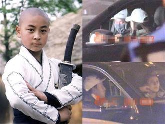 'Thần đồng võ thuật' Thích Tiểu Long lộ ảnh hẹn hò cùng gái lạ, tình tứ ngay trên ô tô