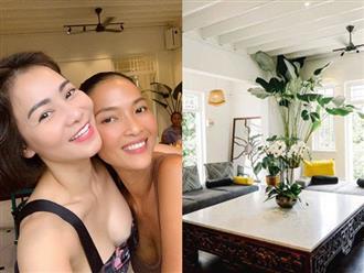 """Thu Minh """"đi tour"""" biệt thự cổ 80 tuổi của Bằng Lăng ở Singapore, bất ngờ hơn là loạt món như nhà hàng chính chủ tự nấu"""