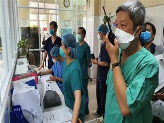 """Thứ trưởng Bộ Y tế: """"Chúng tôi như xát muối trong lòng khi nhận thông tin bệnh nhân tử vong"""""""