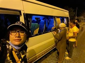 Trang Trần thót tim kể lại hành trình từ thiện trong đêm, xe hết bể kính lại suýt lao xuống vực