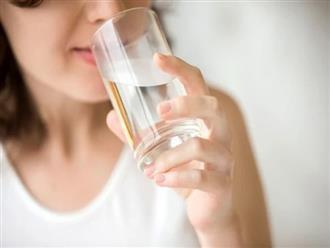 Uống nước liên tục mà vẫn khát, có thể bạn đã mắc phải 6 căn bệnh nguy hiểm