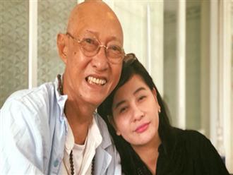 Vào viện thăm nghệ sĩ Lê Bình bị ung thư phổi Cát Phượng nước mắt luôn chực trào ra